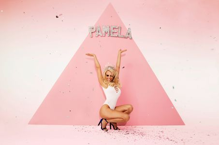 Pamela Anderson pose pour Missguided
