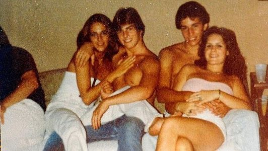 A la izquierda, Diane Cox y Tom Cruise