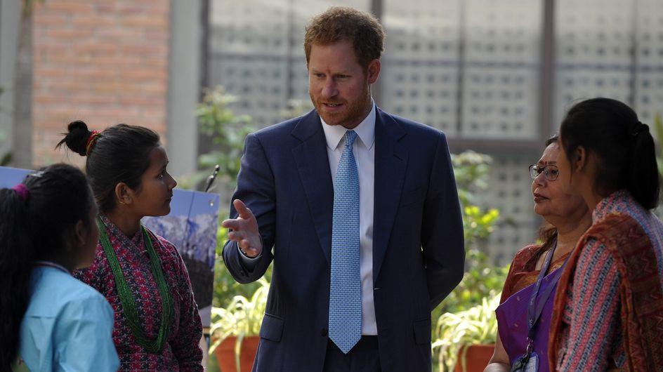 Au Népal, le prince Harry aborde les mariages précoces dans un discours féministe (Photos)