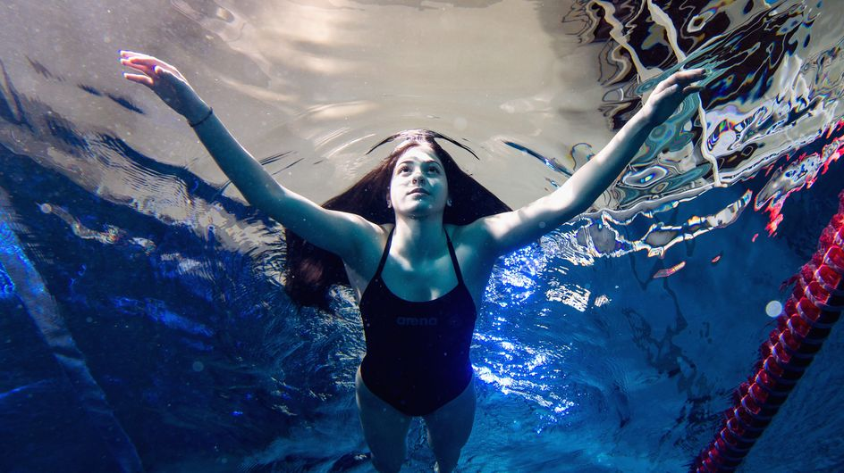 La femme de la semaine : Yusra Mardini, nageuse et réfugiée syrienne en route vers les J.O. de Rio (Photos)