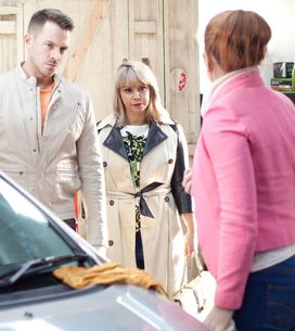 Hollyoaks 15/4 - Maxine panics when a police car arrives outside The Dog