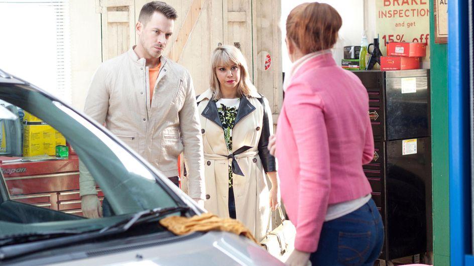 Hollyoaks 15/4 - Maxine panics when a police car arrives outside The Dog