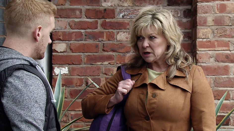 Coronation Street 13/04 - Maria reveals her marriage of inconvenience