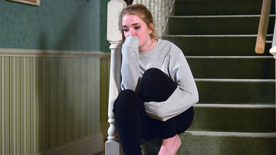 Eastenders 12/04 - Abi finds herself at the end of Phil and Ben's wrath