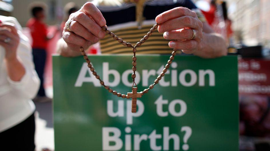 Une jeune Irlandaise condamnée à la prison pour avoir avorté elle-même