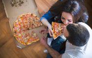 Wenn Männer und Frauen essen gehen: 10 nervige Situationen, die du garantiert AL