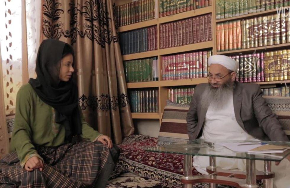 Un élu afghan menace une journaliste après un débat sur le viol
