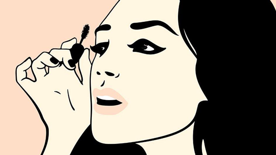 Olhos de Twiggy: dicas para usar máscara de cílios sem erros