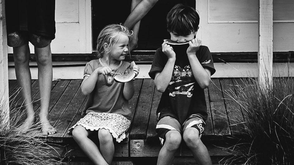 Sin móviles ni televisión: así es la infancia, libre y feliz, de estos niños