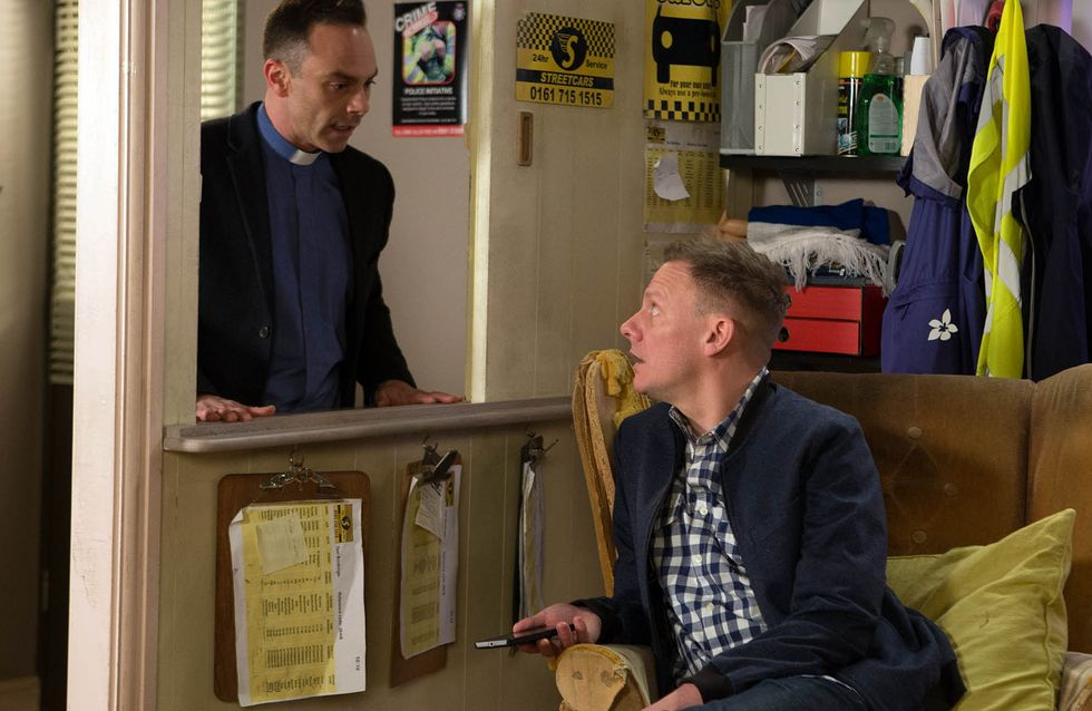 Coronation Street 25/04 - Jason's luck has finally come in
