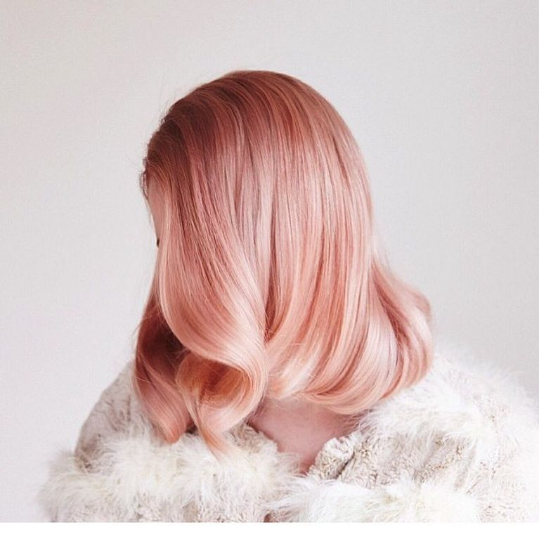 Cheveux Rose Gold La Tendance Coloration Reperee Sur Instagram
