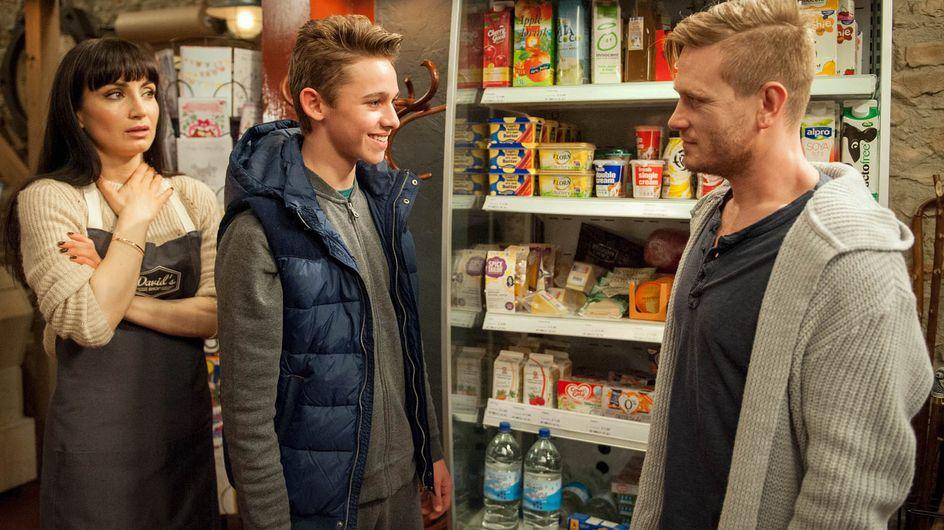Coronation Street 02/5 - Steve shares his worries with Liz