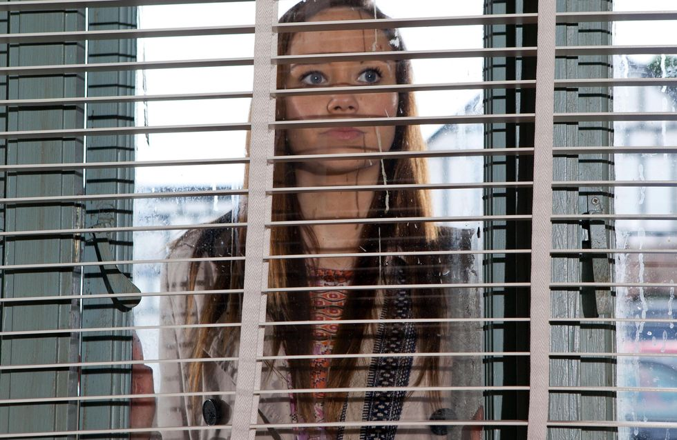 Hollyoaks 03/5 - Ben has a surprise for Sienna