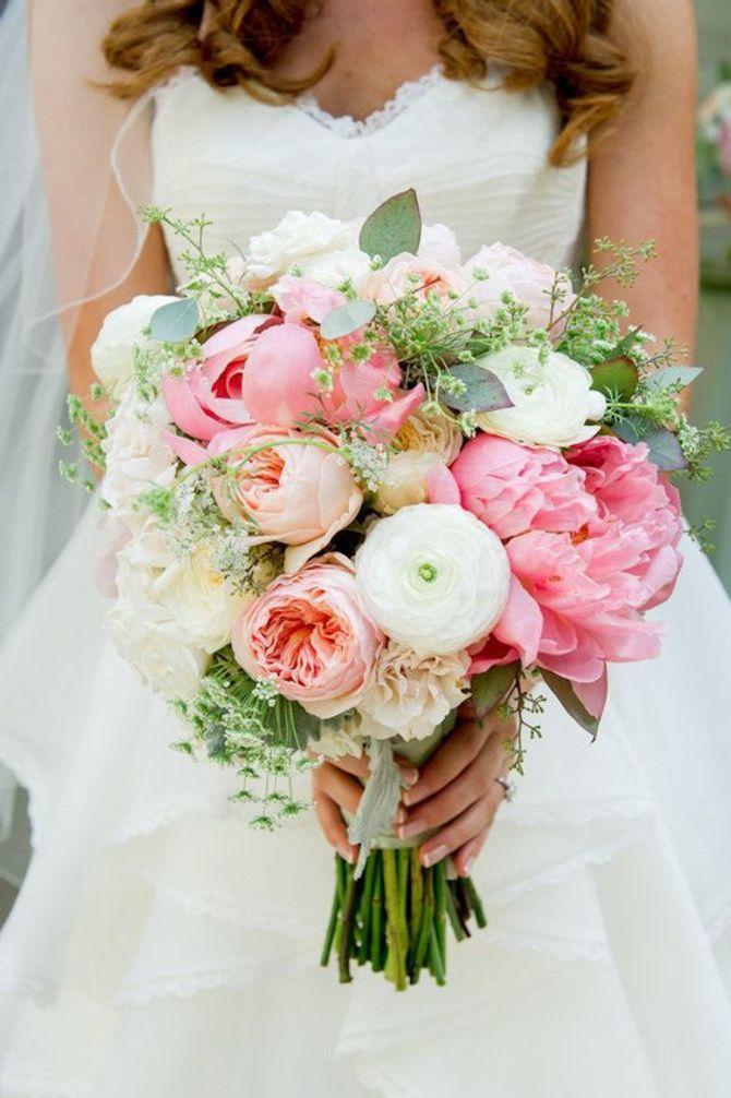 e1bd425a6b15 Bouquet sposa  sceglierlo in base al significato dei fiori