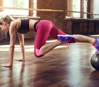 7 ejercicios que solo puedes hacer en el gimnasio y que te ayudarán a conseguir