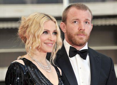 Madonna & Guy Ritchie (92 millones de dólares)