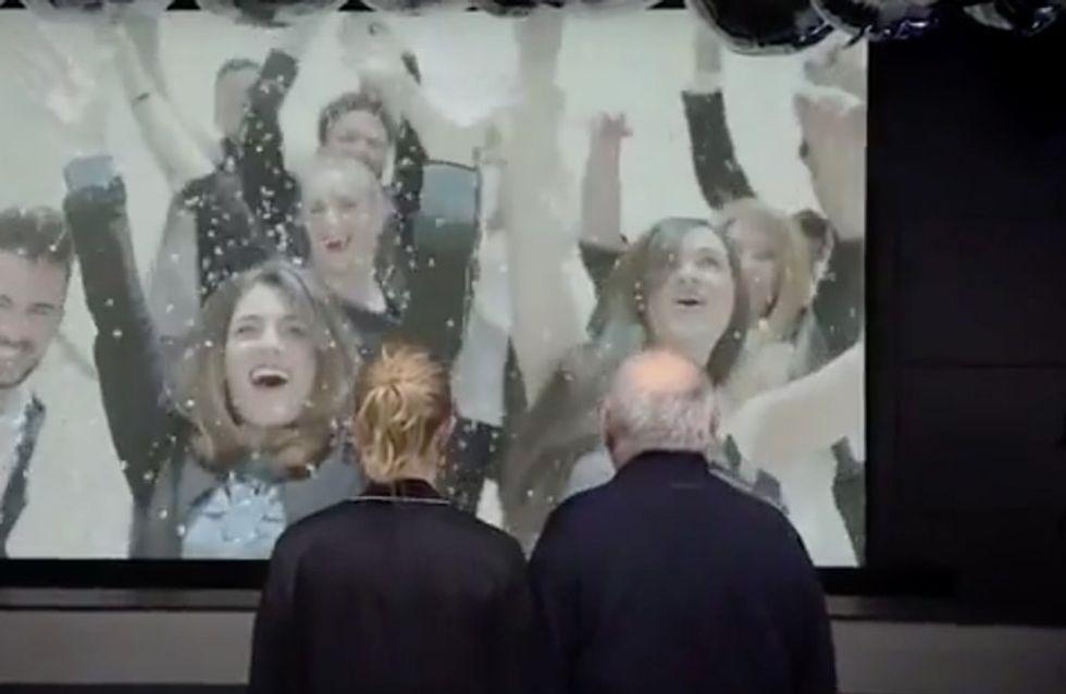 El flashmob sorpresa que hizo llorar a Amancio Ortega