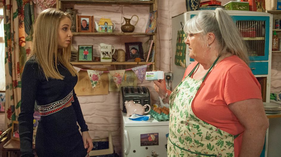 Emmerdale 09/5 - Belle confides in Holly