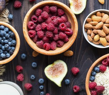 Pancia piatta: la dieta perfetta per sgonfiarsi in un mese