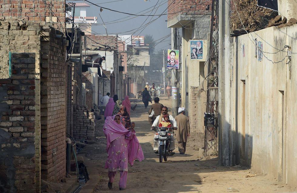 Crime d'honneur au Pakistan : Brûlée à 16 ans pour avoir aidé des amis à se marier