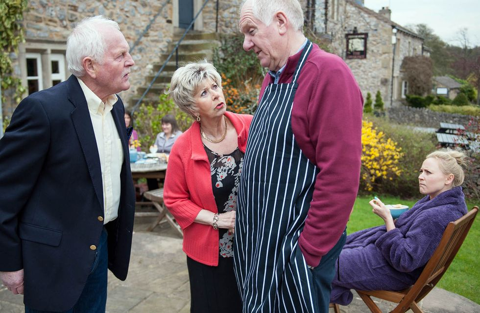 Emmerdale 20/5 - Ashley and Laurel are visited by the social worker