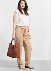 Le pantalon fluide taille haute Violeta by Mango, 59.99 euros