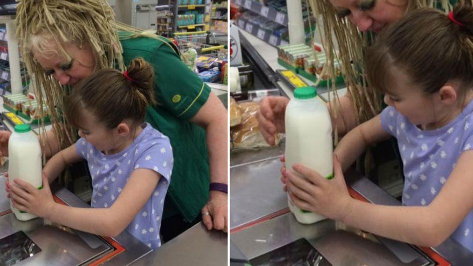 Als ihre autistische Tochter im Supermarkt ausrastet, reagiert diese Verkäuferin grandios