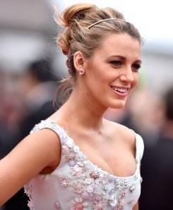 Blake Lively, princesse moderne à Cannes