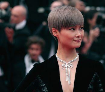 Li Yuchun, un beautylook nude et hypnotique à Cannes (Photos)