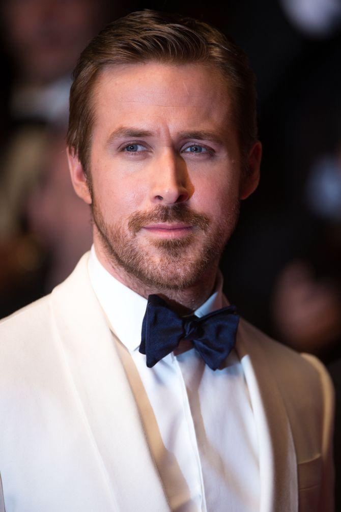 Ryan Gosling lors de la montée des marches de The Nice Guys au Festival de Cannes 2016