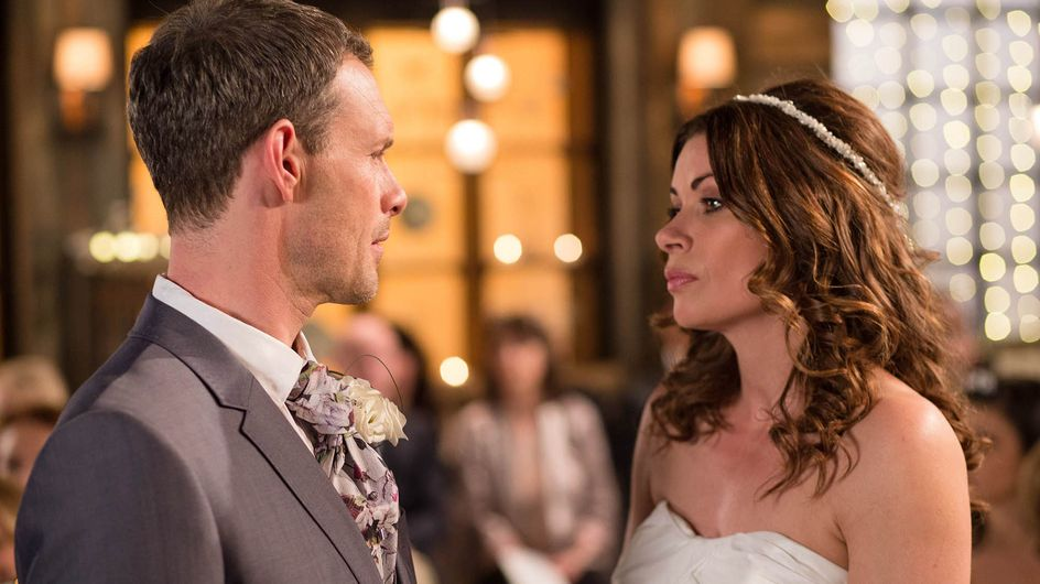 Coronation Street 23/5 - Johnny is nowhere to be found