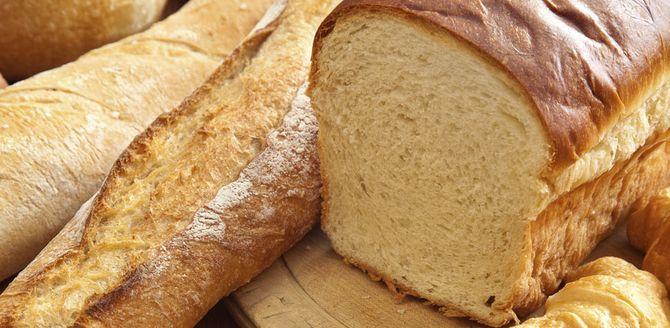 Brot, Brötchen, Baguette, Croissants enthalten Kohlenhydrate