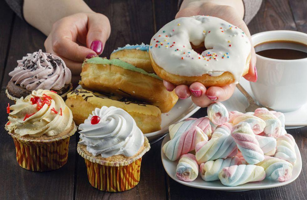 Heißhunger bei PMS? Hier kommen 5 geniale Tipps gegen die Fress-Flashs