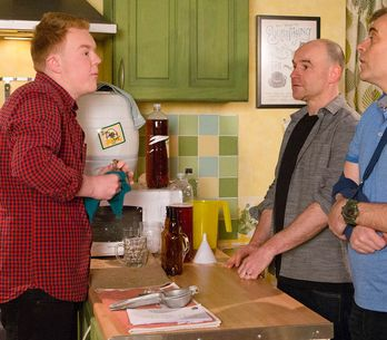 Coronation Street 06/6 - Steve is rocked by a bombshell