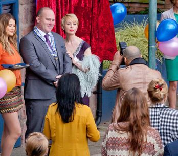 Hollyoaks 07/6 - Cameron and Leela argue over a text message