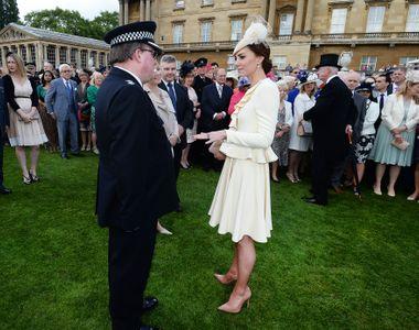 Kate Middleton à la garden party de la reine