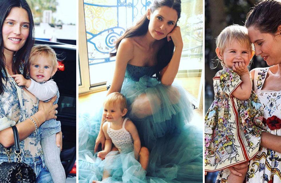 Bianca Balti con la figlia Mia, sempre più bella, e su Instagram c'è chi ancora la definisce brutta...