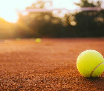 ¡Prepara la raqueta! Te contamos todos los beneficios de practicar tenis