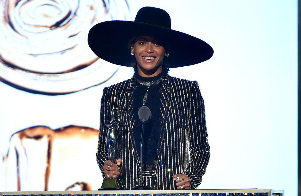 Beyoncé, élue Fashion Icon 2016, livre un discours émouvant sur son passé (Vidéo)