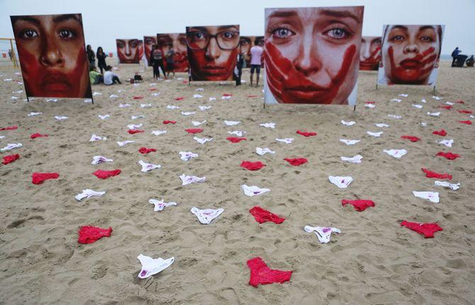 Une expo choc contre la culture du viol au Brésil