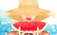 Cosa mangiare per abbronzarsi? 10 cibi per un'abbronzatura perfetta (e sana)