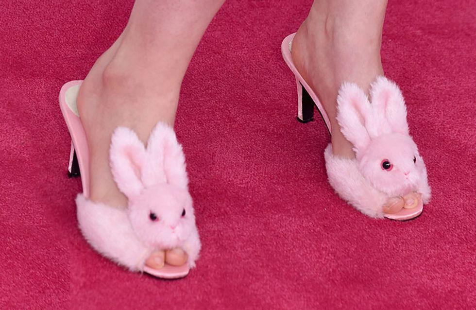 Unas sandalias de conejito se coronan como peor look de la semana. ¿A quién pertenecen?