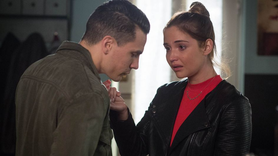 Eastenders 21/6 - Sonia tries to kiss Martin