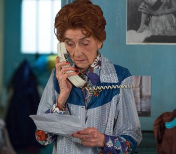 Eastenders 23/6 - Dot makes a discovery