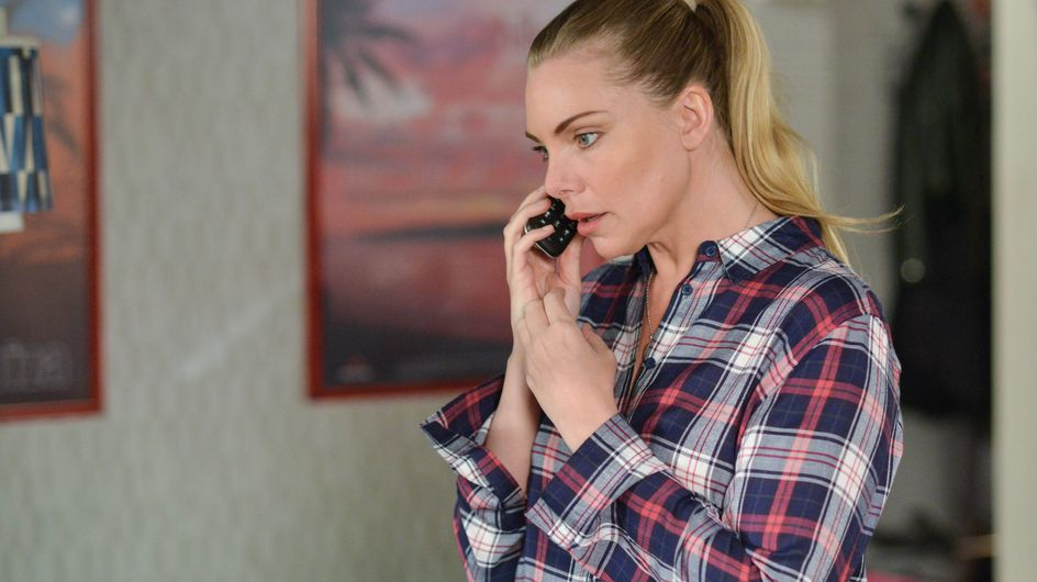 Eastenders 24/6 - Ronnie is shaken by Dot's discovery
