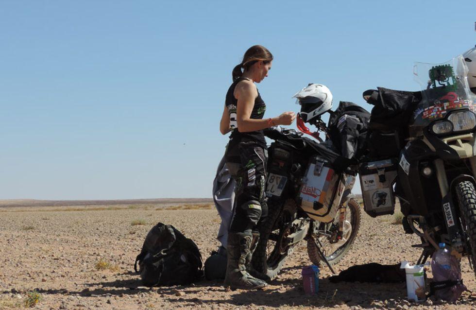 Mujer, madre y motera: la primera española en atravesar el Sáhara en moto y en total autonomía