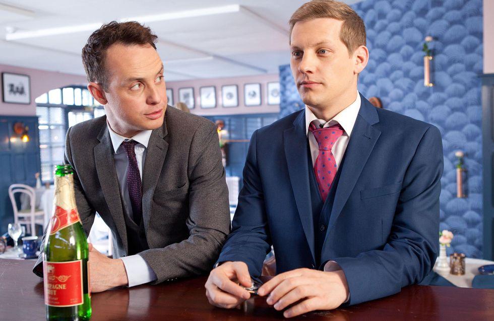 Hollyoaks 30/6 - John Paul pretends to be James's boyfriend but must lie to Scott