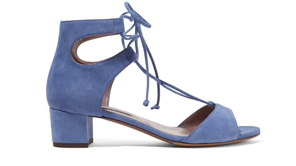 Razones por las que llevar sandalias cómodas a una boda