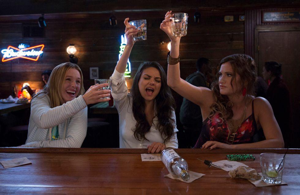 Mila Kunis et Kristen Bell survoltées dans la bande-annonce de Bad Moms (Vidéo)