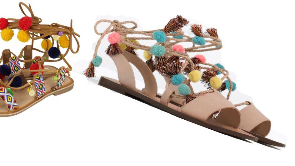 Sandalias con pompones: moda bohemia en tus pies
